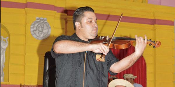 CONCURSO NACIONAL DE VIOLINES 2015