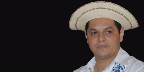 BOLÍVAR A. GONZÁLEZ HERRERA HOMENAJEADO EN EL CONCURSO DE CAMISILLA