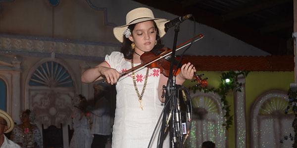 Concurso de Violin, Ganador de la Categoría Juvenil