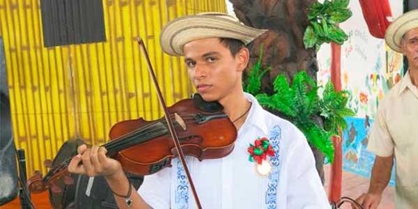 Ganador del 1er Concurso de Violines Chico Prurio