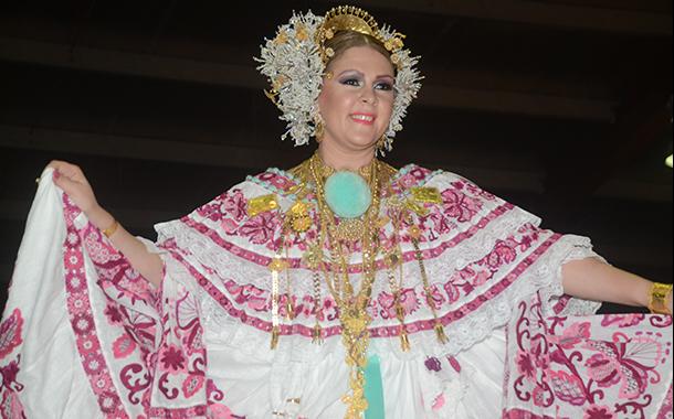 ANA GLORIA GONZÁLEZ VELASCO