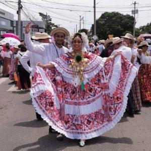 FESTIVIDADES EN HONOR A SANTIAGO APÓSTOL EN VERAGUAS PASEO DE CARRETA Y CABALGATA